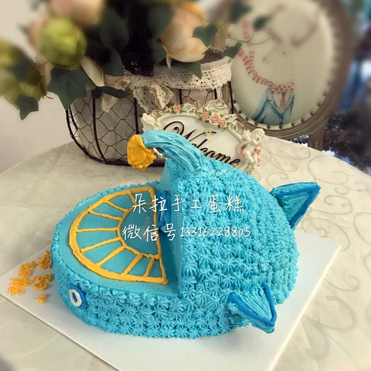 海底小纵队造型蛋糕,奶油水果