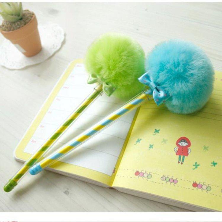 umi中性笔 可爱毛球笔 韩国文具创意圆珠笔 黑笔 签字