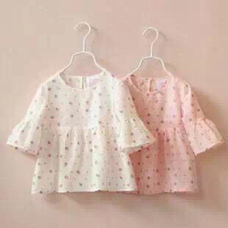 小清新~ 可爱草莓 喇叭袖设计 舒适面料 粉色 白色 适合身高90-130