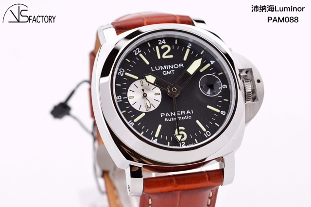VS 088GMT 44mm插图5