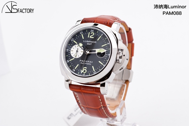 VS 088GMT 44mm插图4