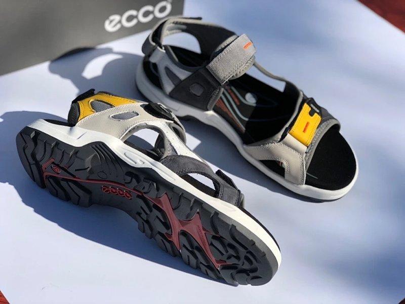 质感牛皮+个性拼色:ECCO爱步 越野系列 男士凉鞋 239元包邮(天猫券后1139元) 买手党-买手聚集的地方