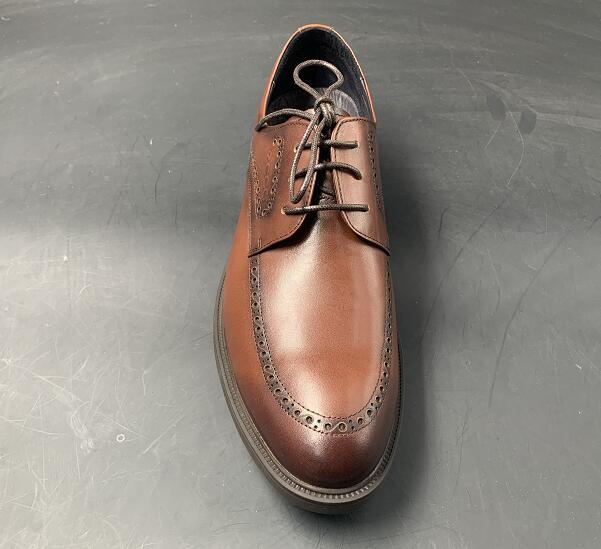 新增黑色款!经典英伦风:ECCO 德比 布洛克雕花皮鞋 299元包邮 买手党-买手聚集的地方