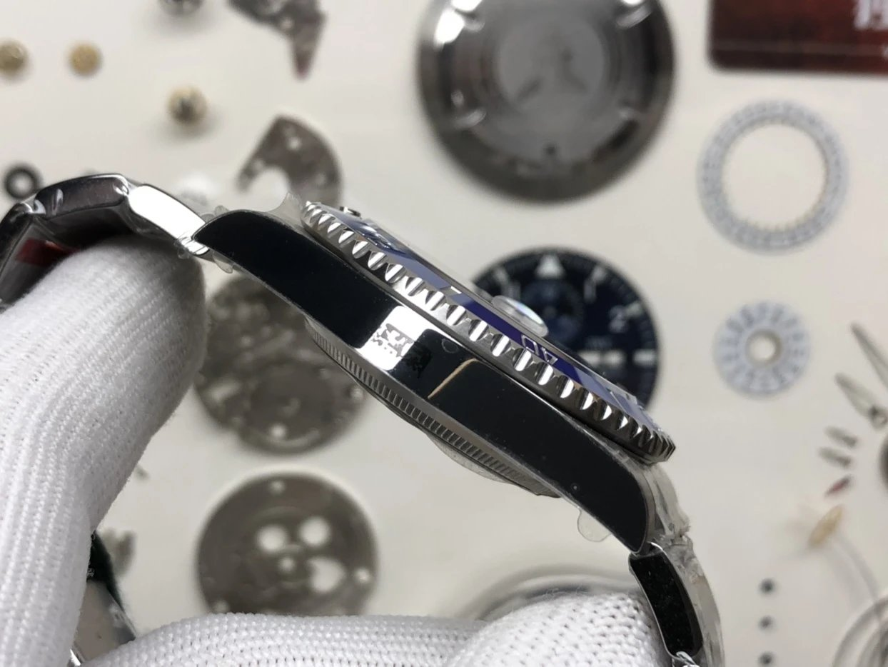 VS 新品蓝鬼 41mm 3235机械表机芯插图7